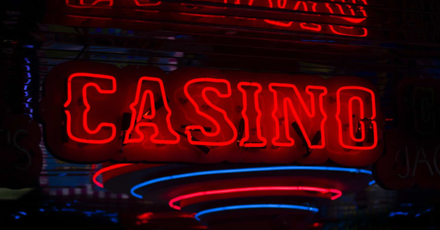 What makes online casinos special?
